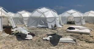 The Internet Took No Prisoners With its Response to Fyre Festival's Flop