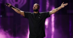 Drake Took The Stage at EDC Las Vegas as Suprise Guest!