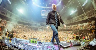 Diplo Rallies Support by Donating $100,000 to the Victims of the Las Vegas Tragedy